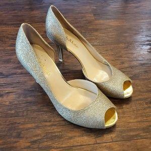 Kelly & Katie Gold Open Toe Heels Size 8